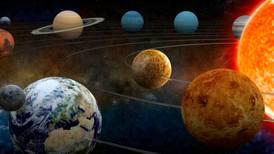 Y a todo esto, ¿qué requisitos requiere un planeta para ser considerado como tal?
