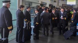 Pilotos prorrogan 48 horas emplazamiento a huelga en Aeroméxico