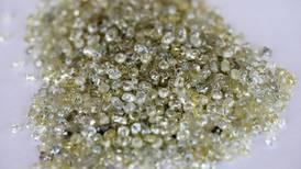Cambian viajes por diamantes: el confinamiento por COVID da un nuevo 'brillo' a la industria de la joyería