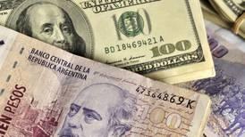 Dólar supera los 58 pesos en Argentina tras elecciones