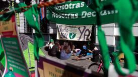 Aborto en Puebla: Cómo el Congreso tiene en la 'sala de espera' la despenalización