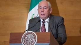 Leonel Cota tiene hasta cuatro cargos y sueldos en sitios de transparencia