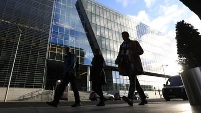 ¡Ojo! Apple, Google, Facebook: impuesto global a multinacionales obtiene respaldo de 130 países