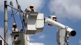 Invierte CFE 776 mdp en nueva línea de transmisión para Nuevo León
