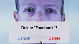 ¿Estás oyendo Facebook? Llegó la hora de las denuncias contra las redes sociales