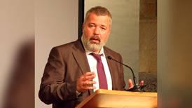 Kremlin elogia a Dmitry Muratov, Nobel de la Paz, pero amplía represión a medios independientes