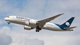 Pilotos y Aeroméxico formalizan acuerdos de reducción salarial ante la Secretaría del Trabajo